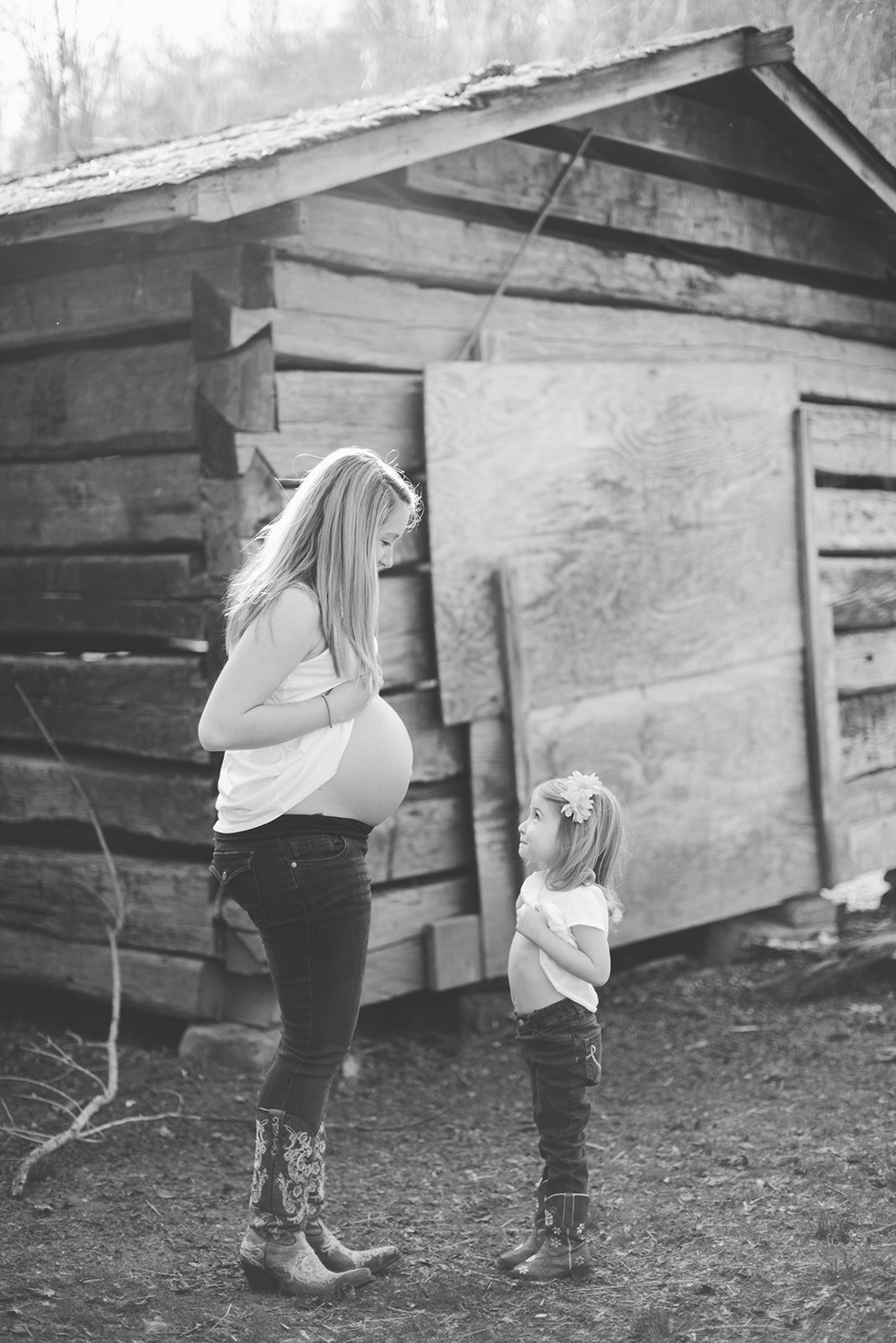 maternity-photographer-charleston-wv