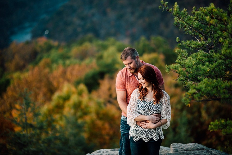 romantic-new-river-gorge-engagement-photo