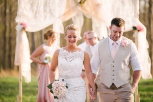 wv wedding photography at knotty pine lodge