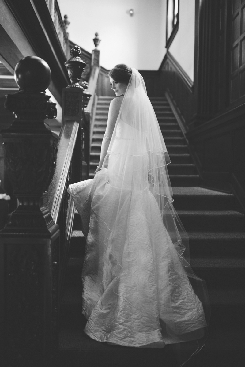 black-and-white-bridal-portrait