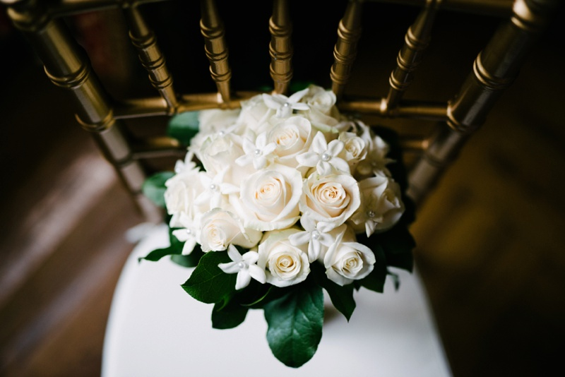 louisville-ky-presbyterian-seminary-bouquet-wedding-photo