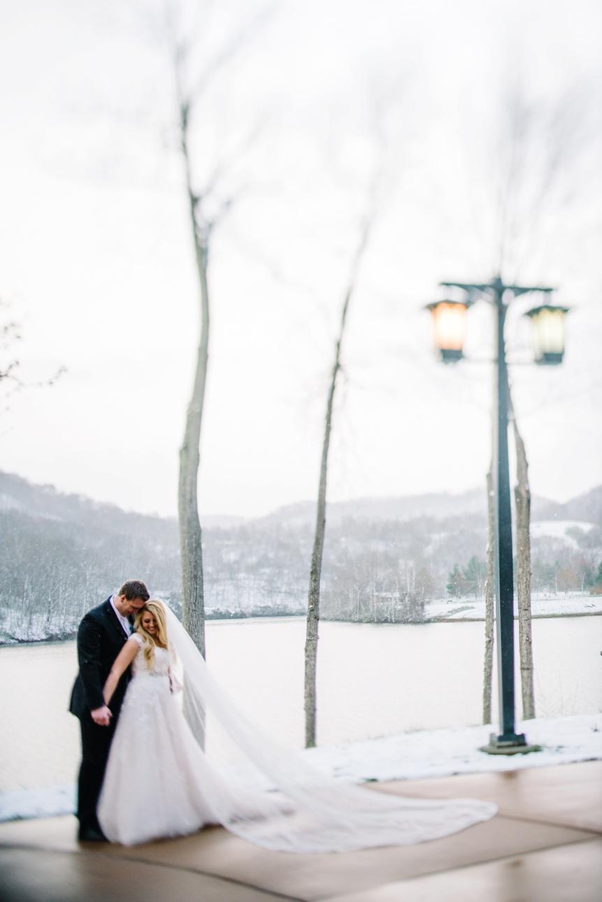 stonewall jackson lake and resort wedding