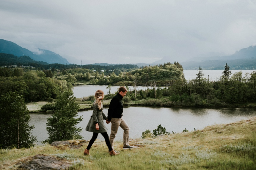oregon engagement photo