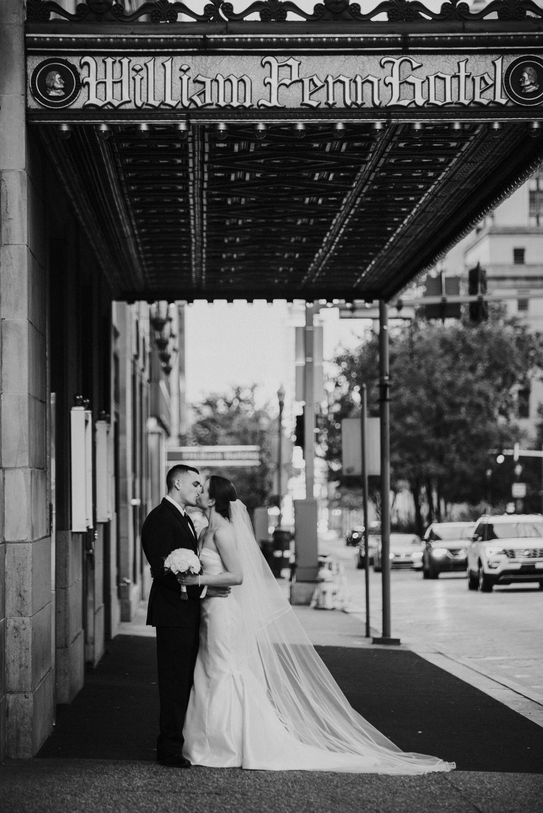 wedding at the omni william penn hotel in pittsburgh