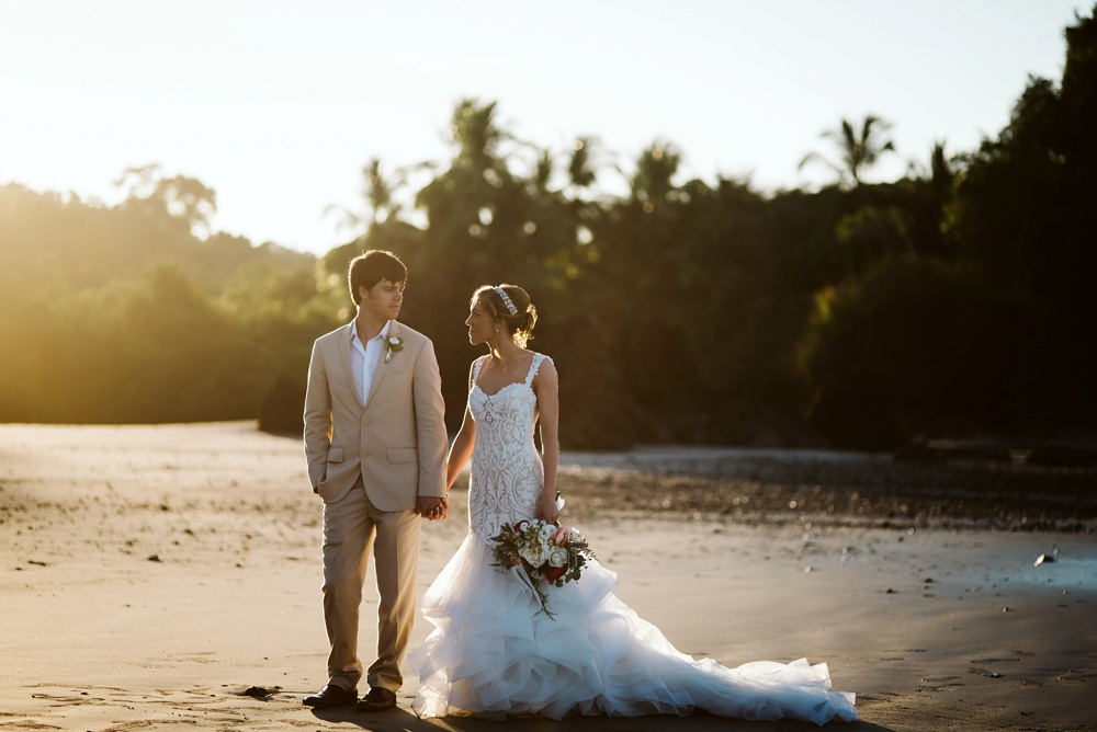 costa rica wedding photo