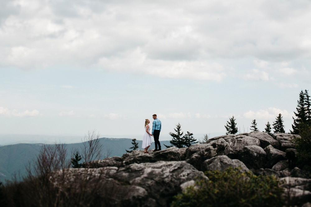 engagement portraits at dolly sods in wv