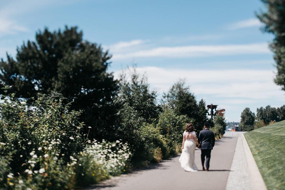 olympic sculpture park wedding in seattle washington