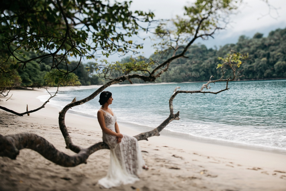 manuel antonio national park wedding portrait