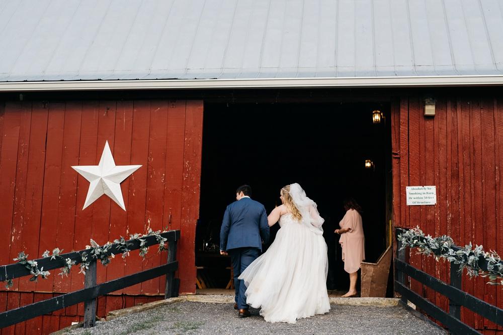 weddings at valley view farm in lewisburg, west virginia