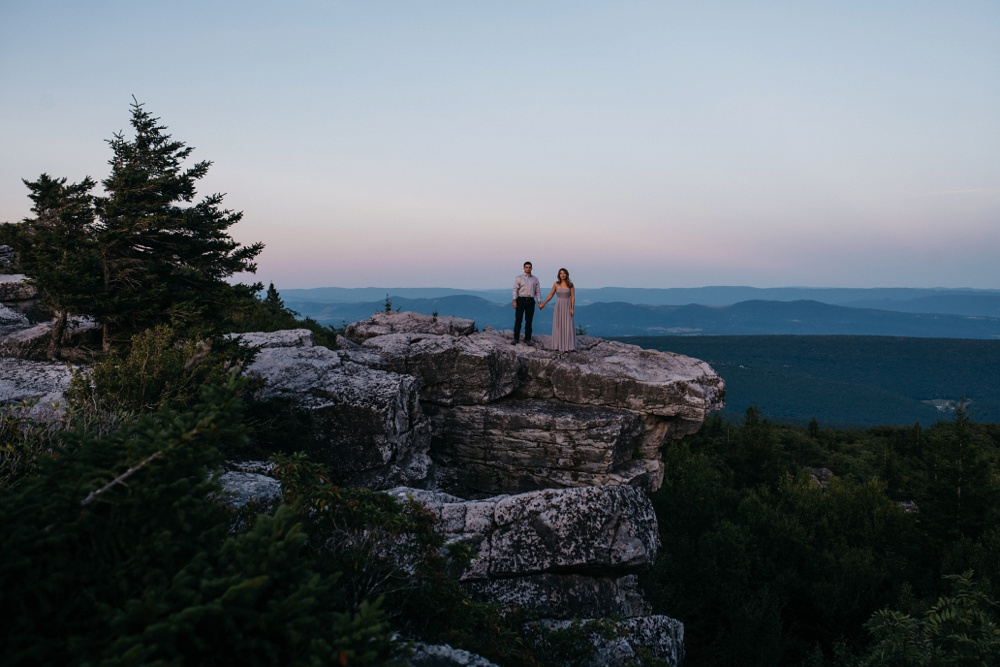 engagement portraits taken at dolly sods in wv