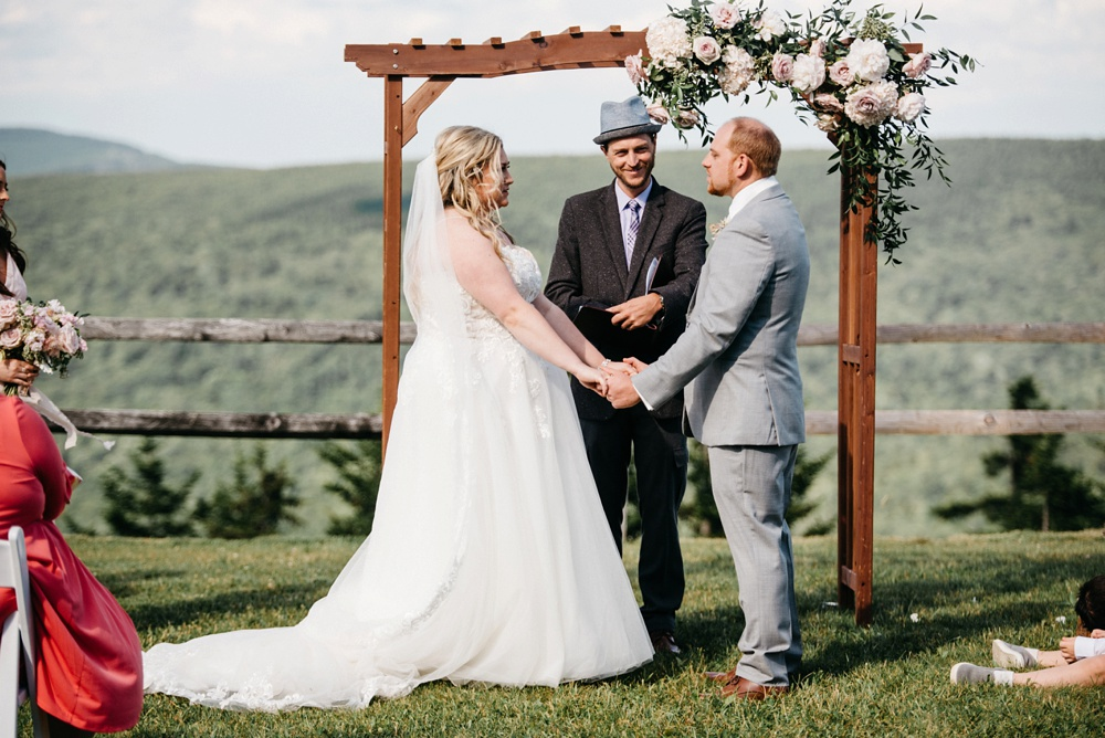 wedding ceremony at snowshoe resort in wv