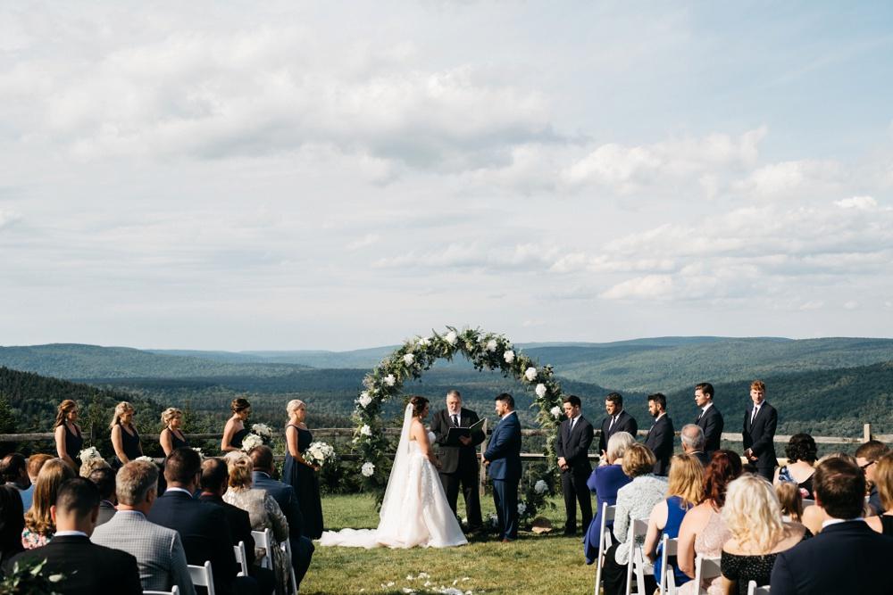 wedding photos snowshoe mountain resort