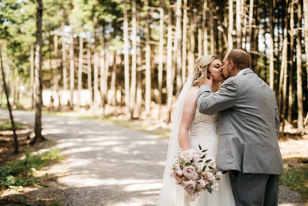 wedding photography snowshoe mountain resort