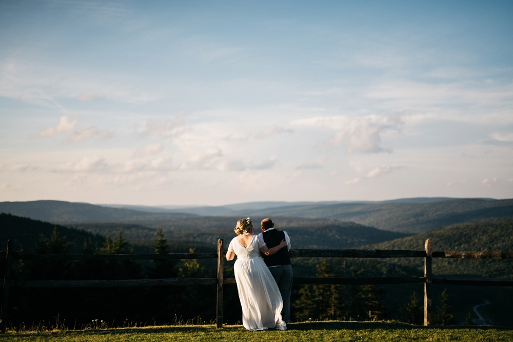wedding photos snowshoe mountain resort